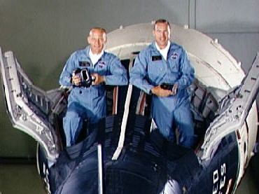 Buzz Aldrin, Jim Lovell